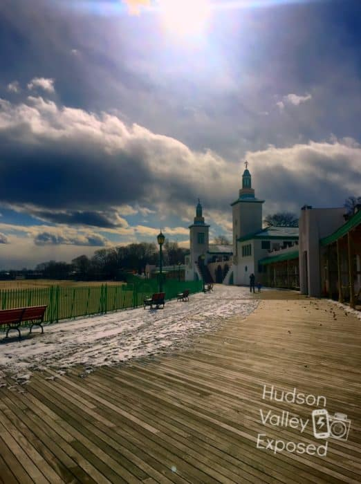 Walking along the Playland Boardwalk to the Westchester Children's Museum