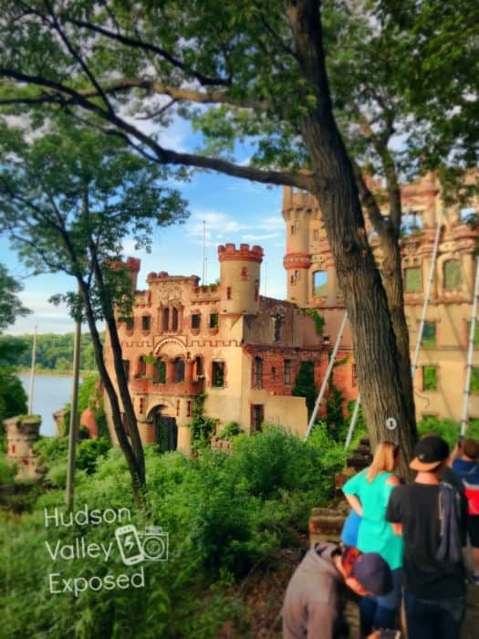 Bannerman Castle Tour begins on one side of the island. The tour offers information on the history of the island, castle and Bannerman family.