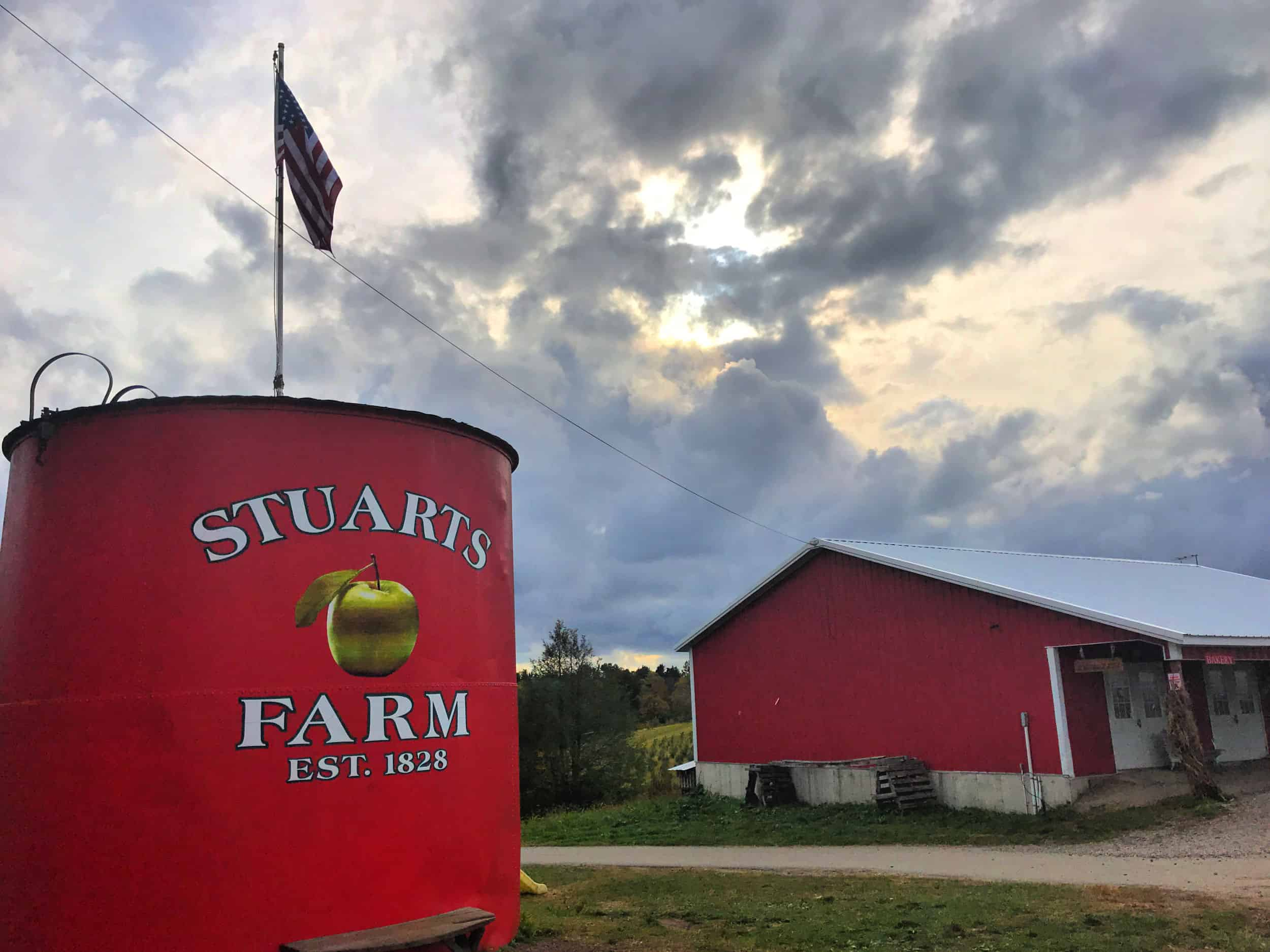 Stuart's Fruit Farm and Bakery