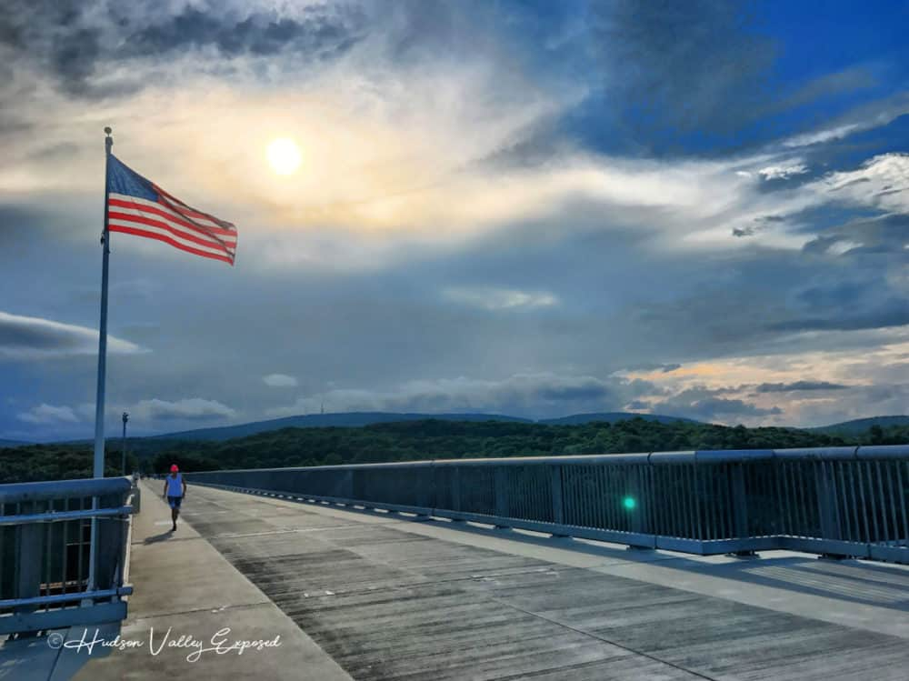 Flag on the Walkway over the Hudson
