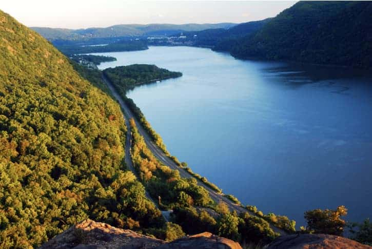 The riverfront view in Putnam County. Things to do in Putnam County