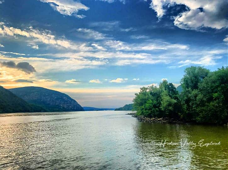 River watching is one of my favorite things to do in Cold Spring NY